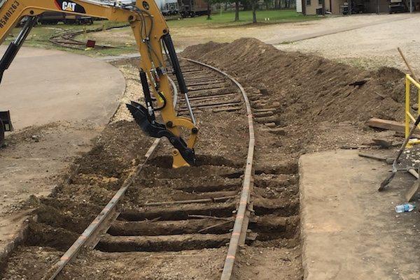 Railroad Maintenance Company | Vidor, TX : Cogbill Construction